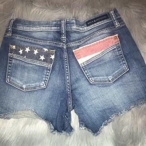 Rock & Republic patriotic shorts size 8 EUC